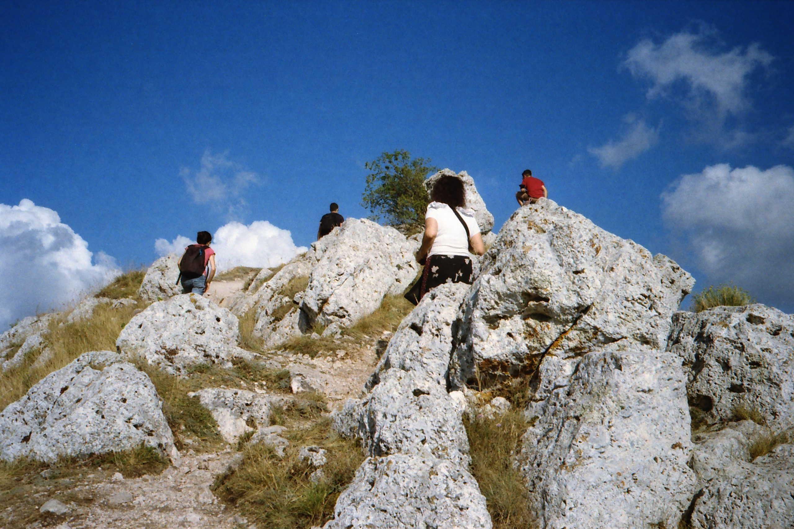 Hikers in the Appenine mountains